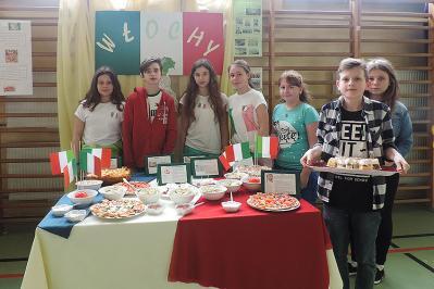 II Powiatowy Konkurs Piosenki w Językach Krajów Unii Europejskiej w Skrzydlowie | ZS w Skrzydlowie
