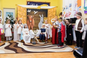 Jasełka Bożonarodzeniowe wPrzedszkolu w Kłomnicach